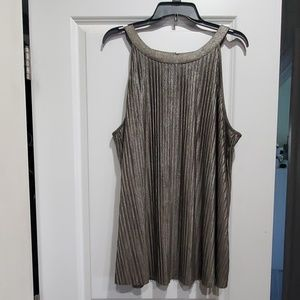 Sleeveless dressy top
